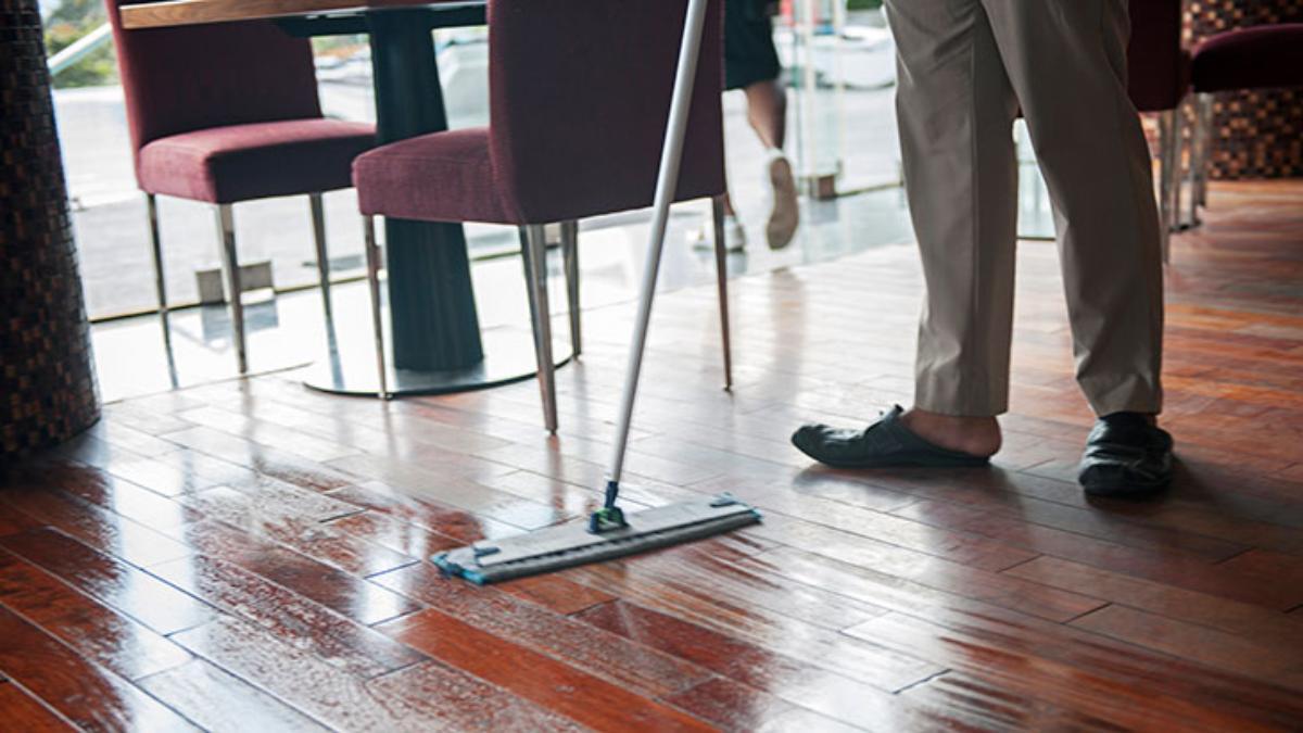 clean restaurant floor