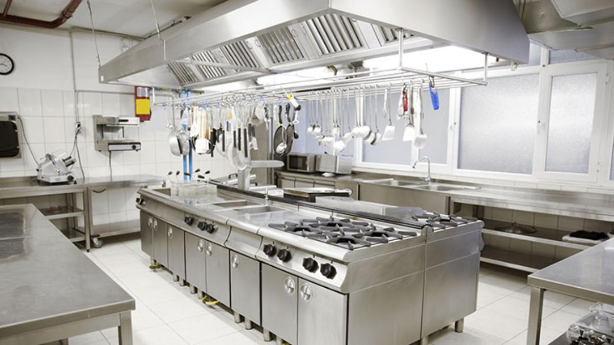 commercial kitchen utensils