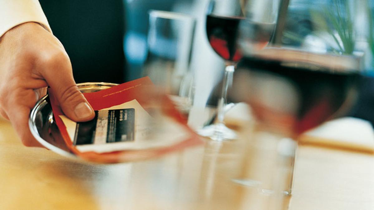 waiter restaurant bill credit card