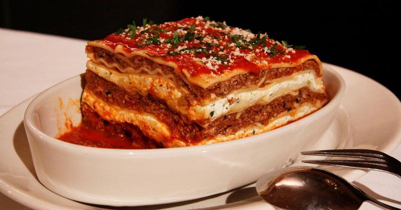 carmines new york lasagna