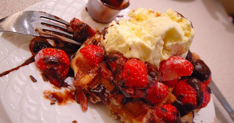 belgium waffle sundae