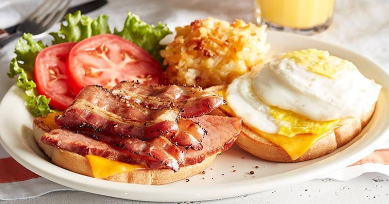 cracker barrel breakfast sandwich
