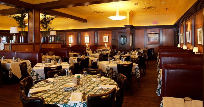 gibsons bar steakhouse rosemont interior