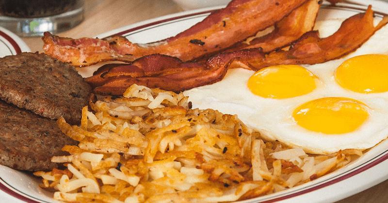huddle house breakfast