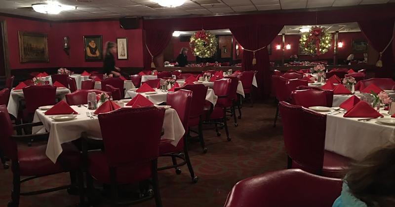 juniors supper club interior