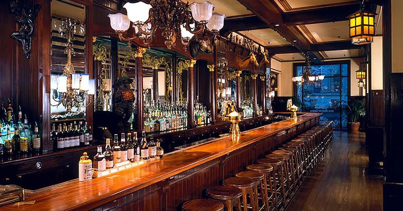old ebbitt grill main bar