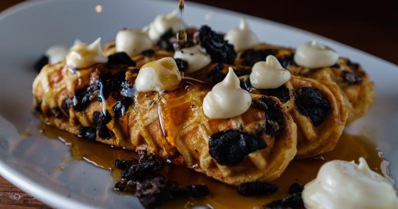 vandal brunch waffles