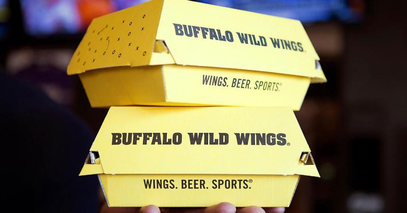 buffalo wild wings takeout boxes