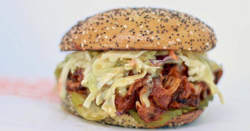 earth burger pulled pork