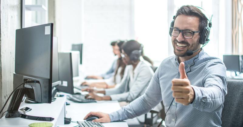 employee thumbs up