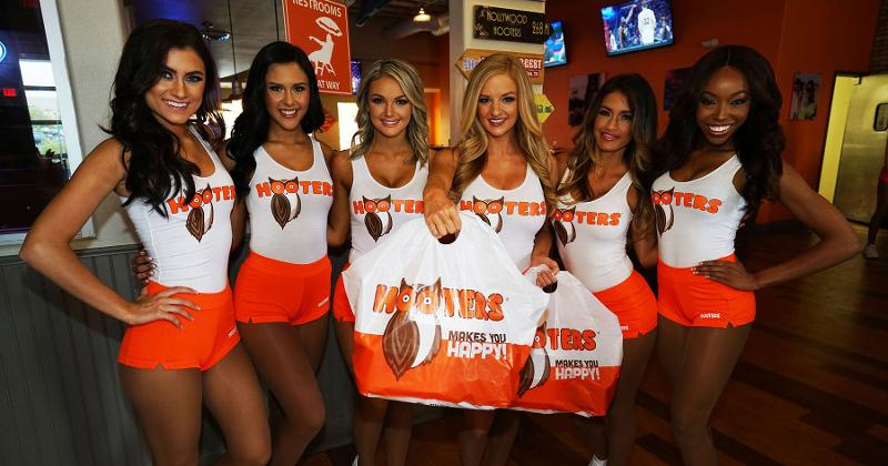 hooters delivery