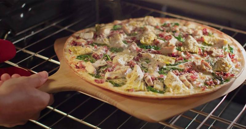 Papa Murphey's take and bake pizza