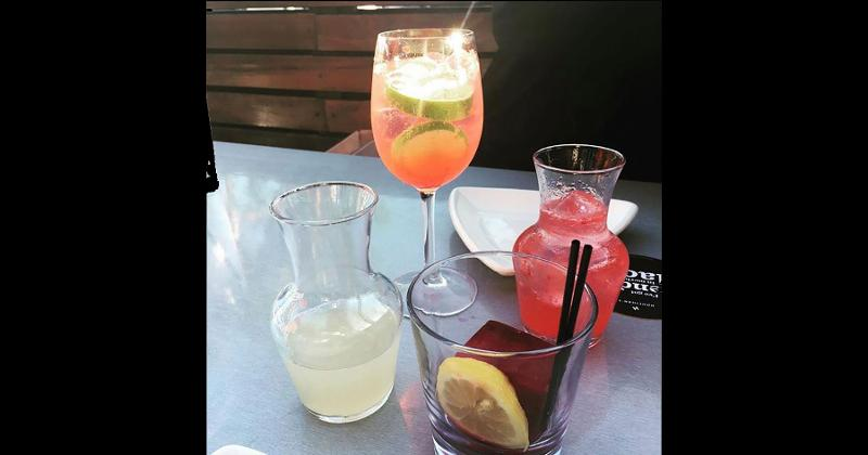 houlihans drinks