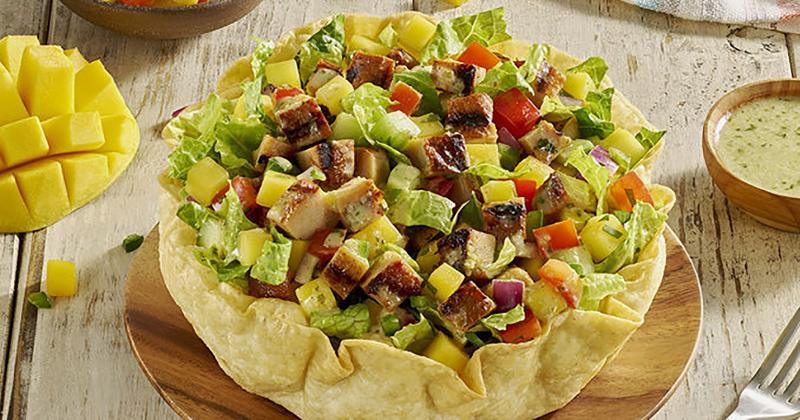 qdoba chicken mango salad