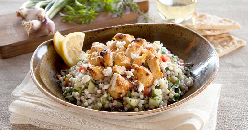 luna grill med chicken salad