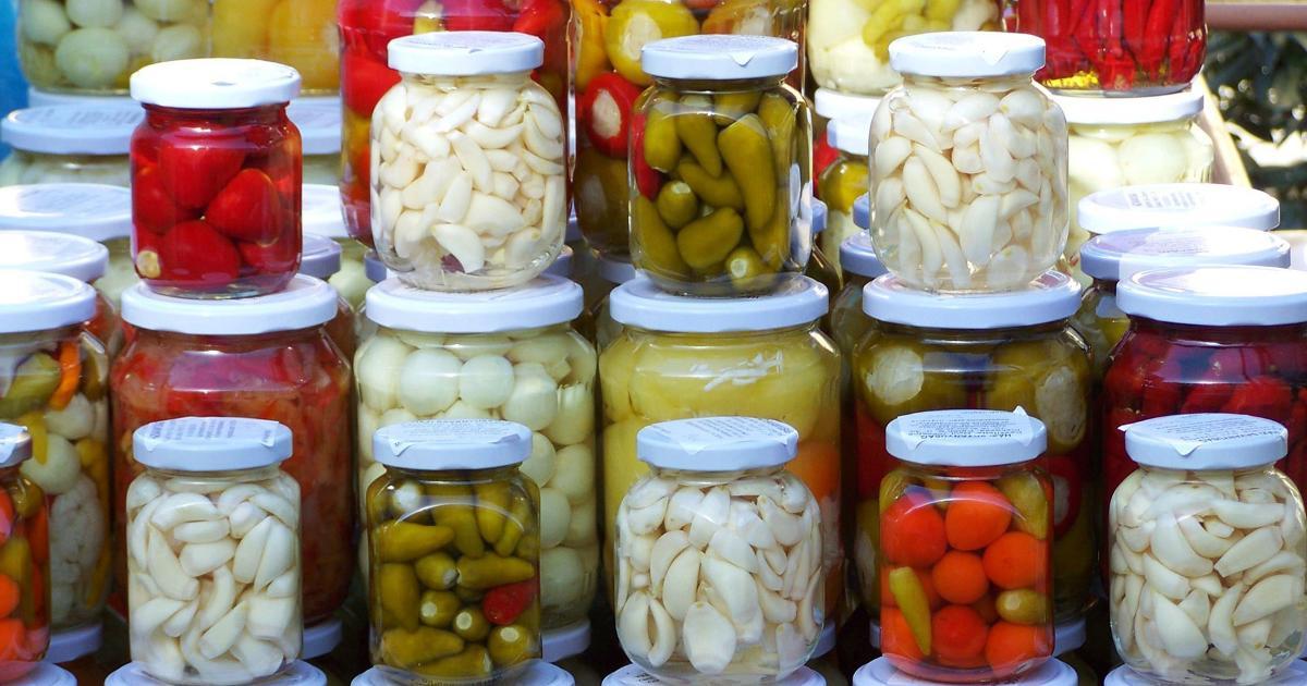 pickled vegetables jars