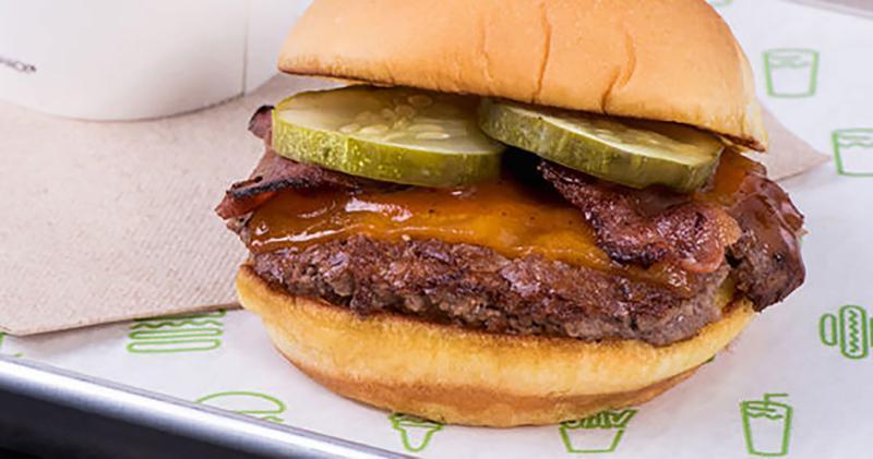 shake shack bbq cheddar bacon burger