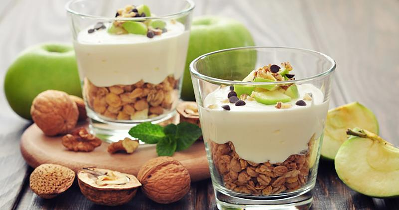 Apple Pie Yogurt Parfait