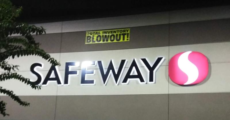 safeway exterior