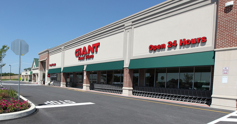 giant food store exterior
