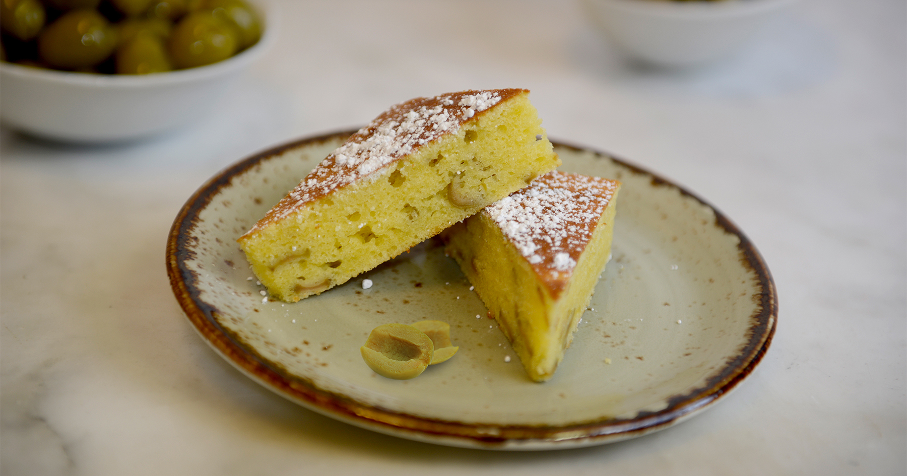 lemonc cake with manzanilla olives