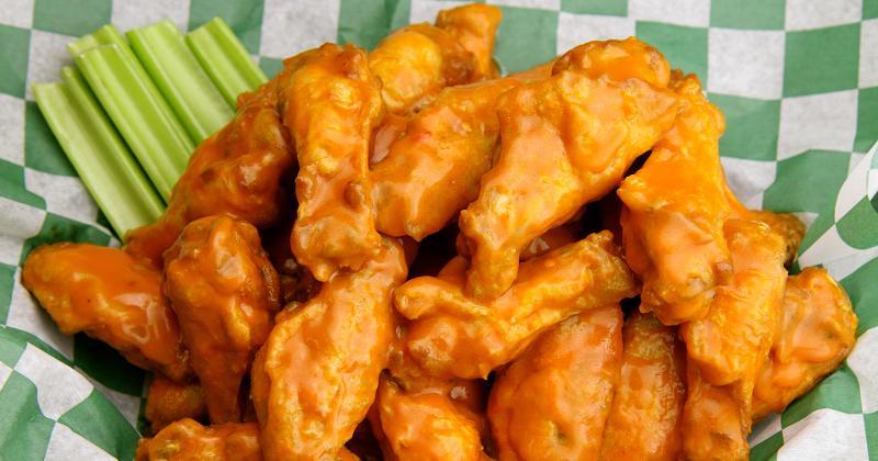 beef 'o' Brady's wings