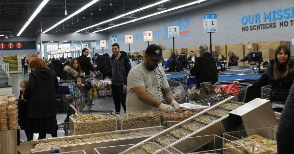 Inside Bingo Wholesale, the 'Kosher Costco'
