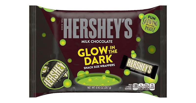 hersheys milk chocolate bar glow in the dark snack size