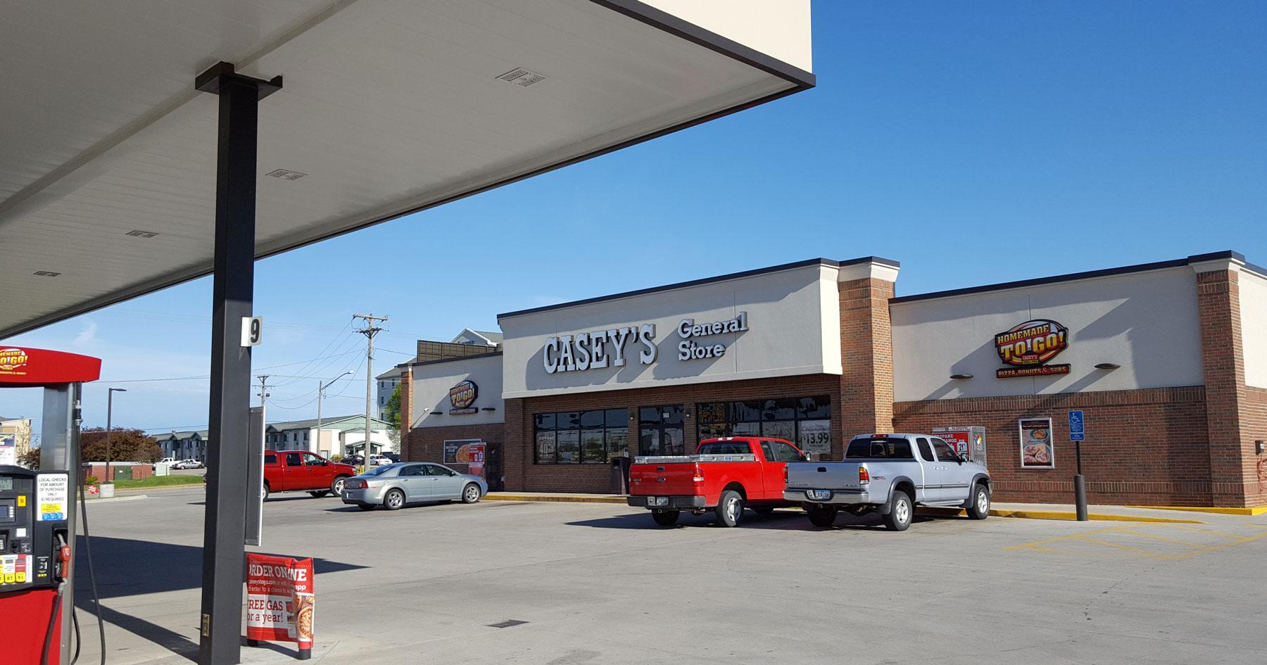 caseys store exterior