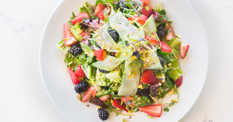 Bella Berry Salad