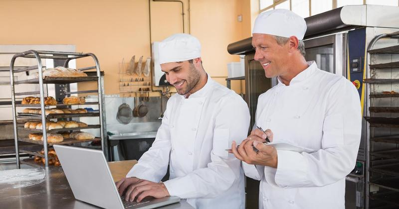bakers with computer