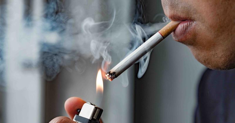 smoking cig
