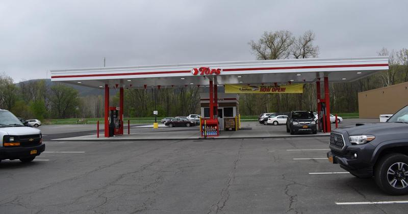 Tops Gas Pump