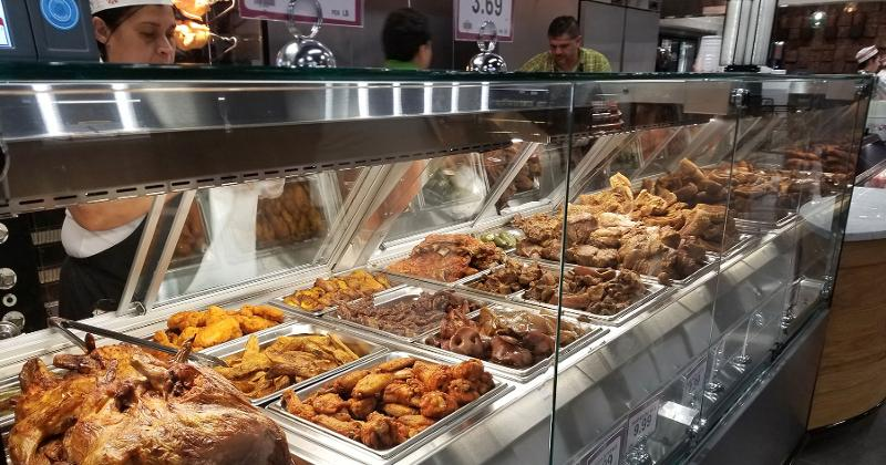 Cardenas Markets grab-and-go hot food bar