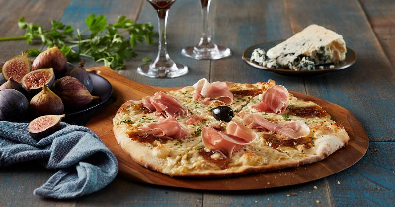 Bertucci fig and prosciutto pizza