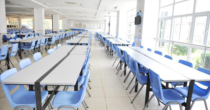 Empty seats in cafeteria