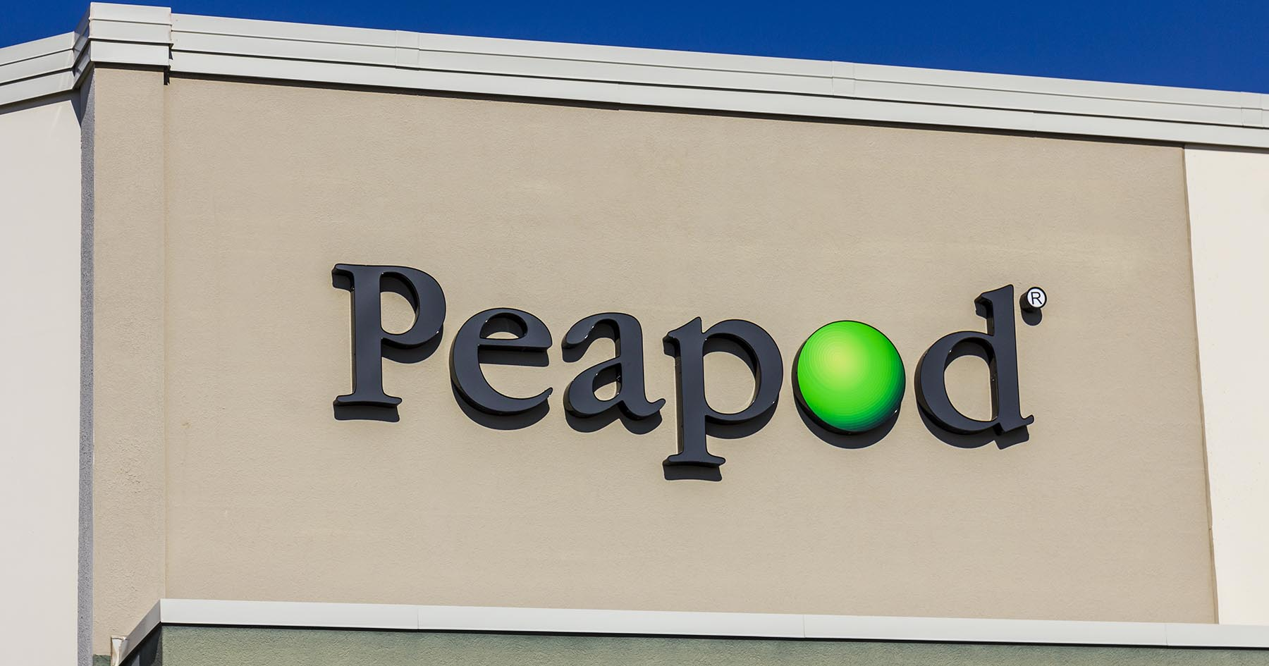 Restaurateur Stephanie Izard teams up with online grocer Peapod
