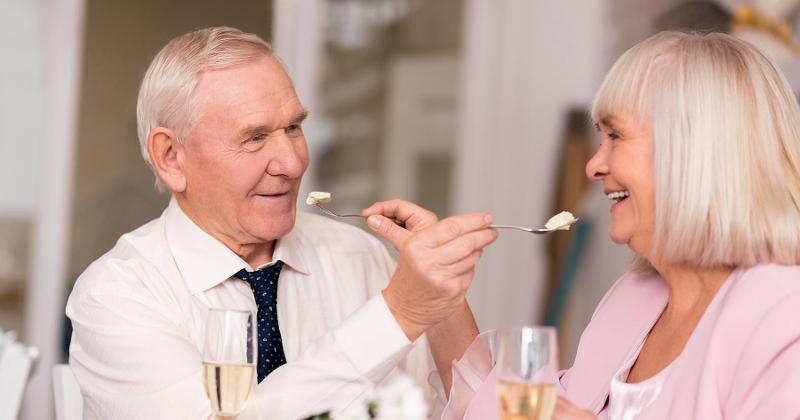 Baby Boomers out to dinner