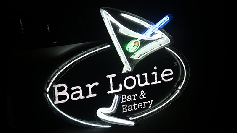Bar Louie sign