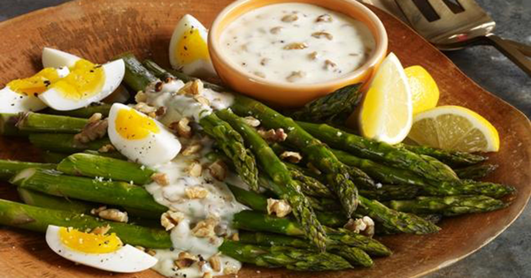 Warm Asparagus Salad With Toasted Walnut-Aioli Dressing