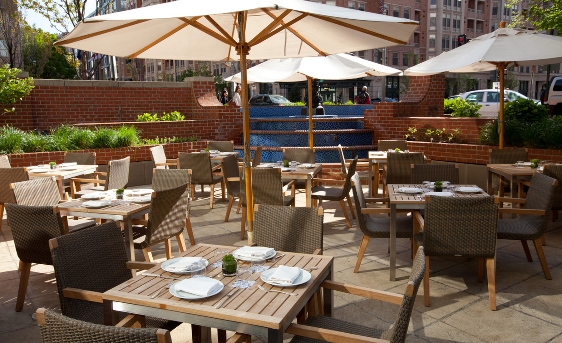 Hotels Reimagine Food And Beverage Service With New Models