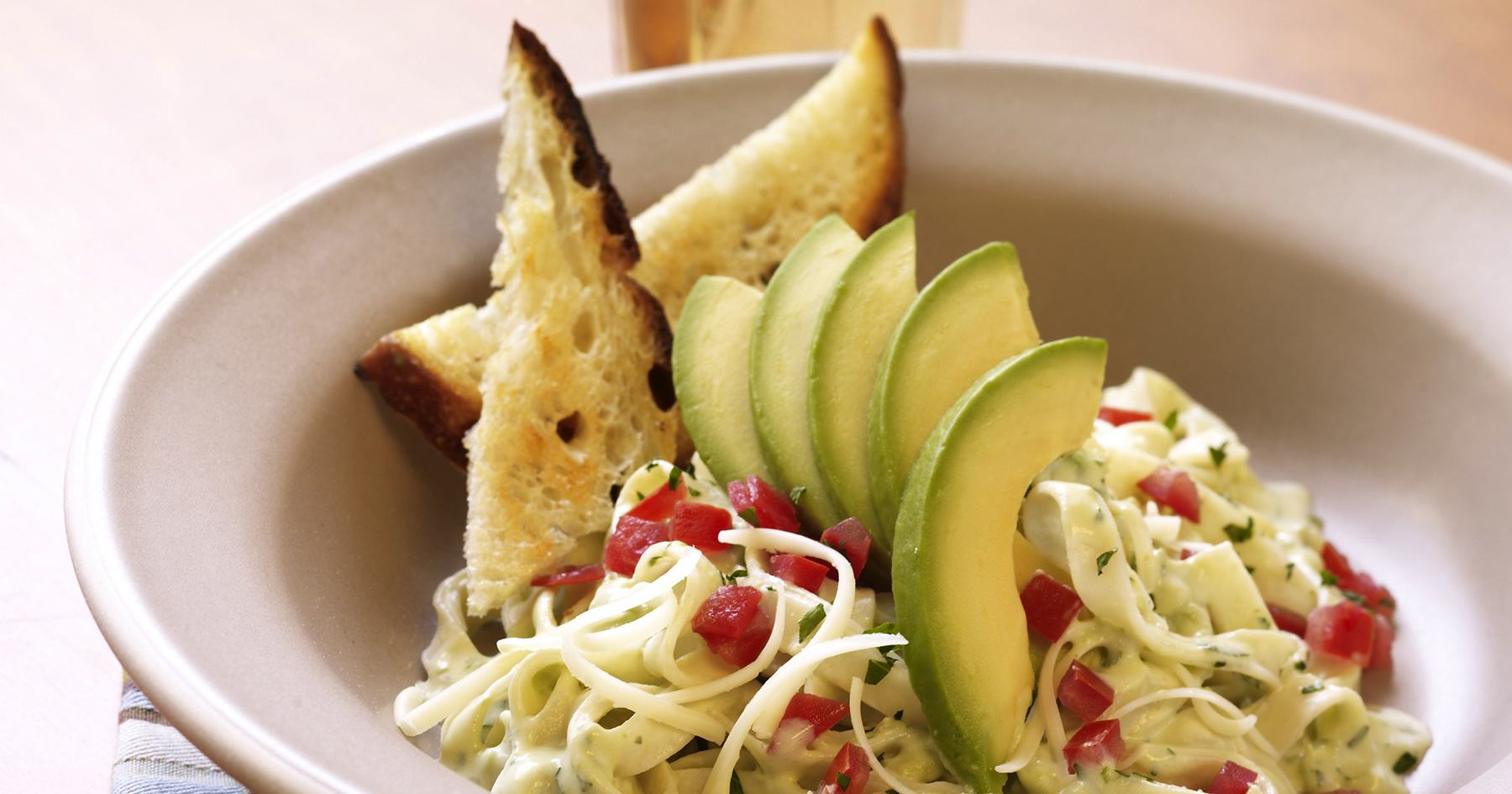California-style Pasta with Avocado