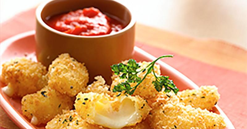 Cheddar Cheese Curds with Roasted Tomato Coulis