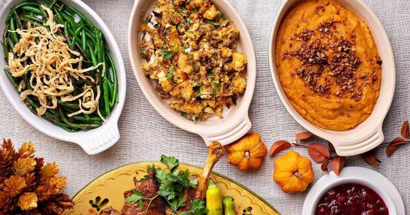 thanksgiving food plates