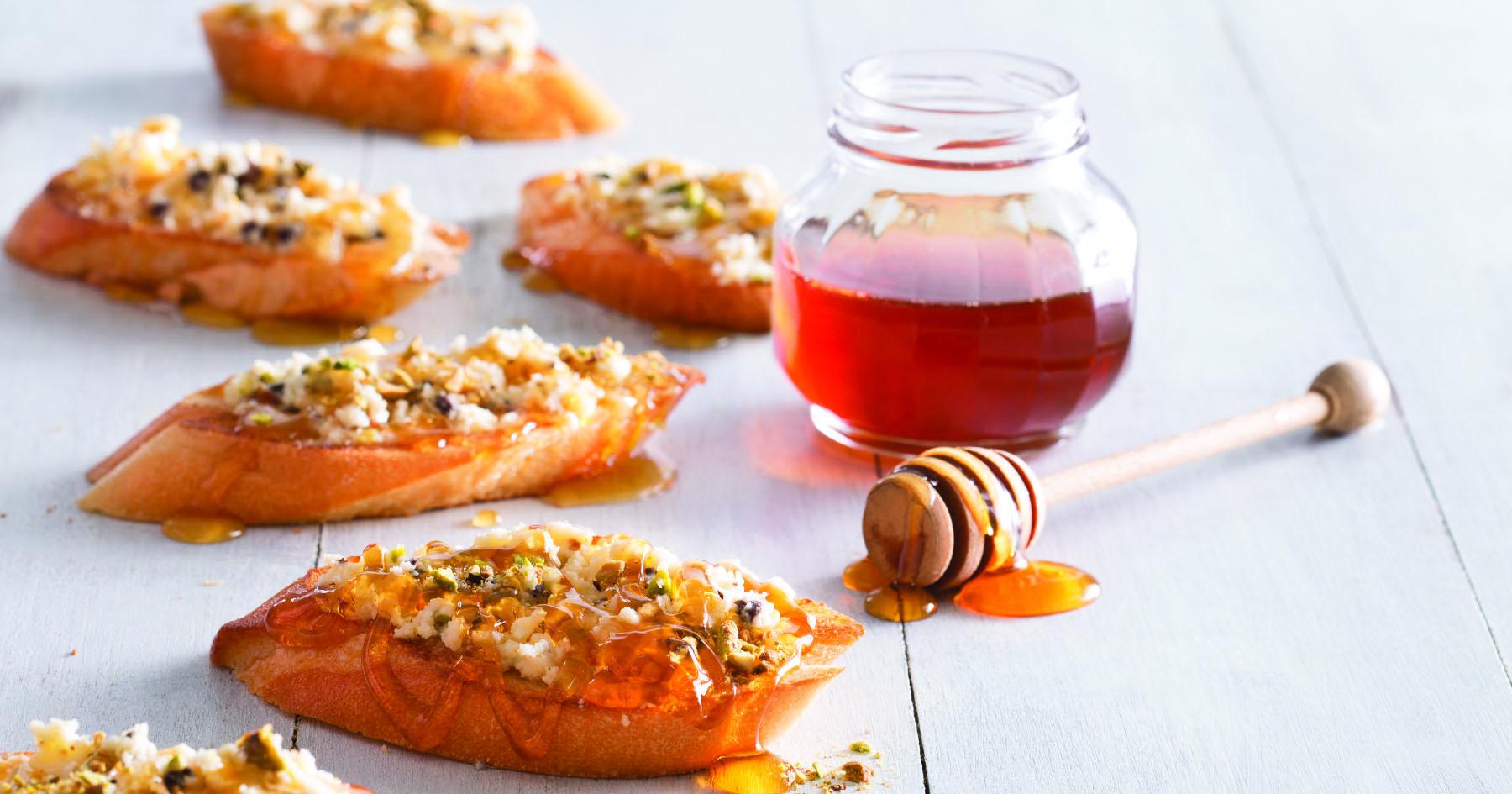 Tartines Orange-Honey Mascarpone