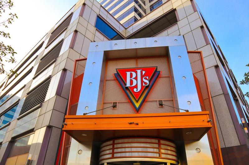 BJ's Restaurant sales