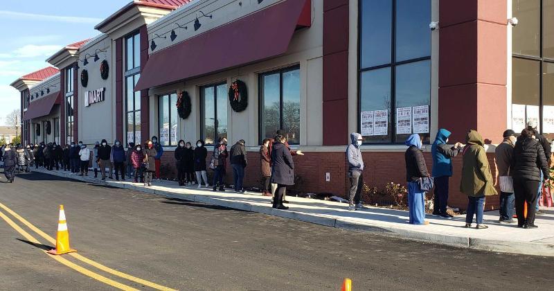 line outside HMart