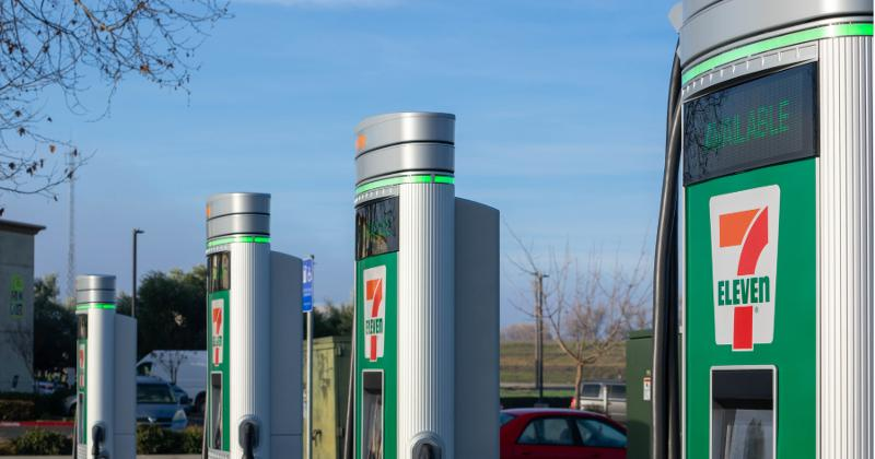 7-Eleven PG&E fast chargers electric vehicles