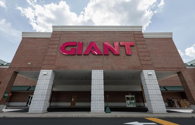 Giant Co. exterior