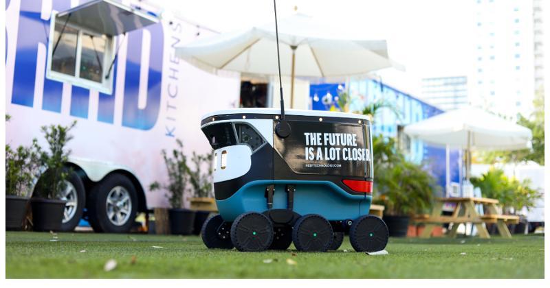 Cartken delivery robot